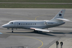 Dogan Aviation Dassault Falcon 2000 TC-DGC (c/n 166) (Manfred Saitz) Tags: vienna airport schwechat vie loww flughafen wien dogan aviation dassault falcon 2000 f2th tcdgc tcreg