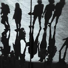 identidades (eduardo menéndez) Tags: sombras siluetas silhouettes blackandwhite monochrome squareformat
