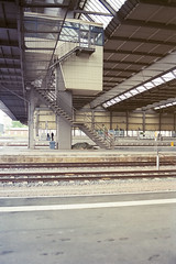 trainstation (flyerkat_L.E.) Tags: bahnhof chemnitz trainstation film analog nikon fm2 35mm kodakultramax400