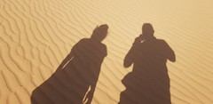 All we are is dust in the wind (chemakayser) Tags: desierto sombras jordan jordania wadirum shades desert sand arena pareja dos pair viajes travels