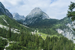 Seebenalm (Uli - www.auf-den-berg.de) Tags: berge mountains wandern hiking outdoors tirol tyrol zugspitzarena miemingerkette seebenalm alpen alps