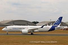 A220-300 C-FFDO BOMBARDIER 3 (shanairpic) Tags: jetairliner passengerjet a220 airbusa220 cseries bombardier farnborough cffdo