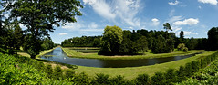 Fountains Abbey and Studley Royal (Simon Caunt) Tags: ©️simoncaunt d800 nikond800 nikoncameras nikon nationalpark northyorkshire nationaltrust unesco park heritage 240700mmf28nikkor afsnikkor2470mmf28 panorama panoramic wideview widescreen wideformat widefieldpanorama oblong blue bluesky blueskies mrbluesky