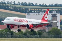 A320_OE561 (PFO-VIE)_OE-LOC_1 (VIE-Spotter) Tags: vienna vie airport airplane flugzeug flughafen planespotting wien