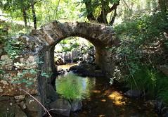 Puente de los Horcones S-XIV. Camino real de Guadalupe. (J Carrasco (mundele)) Tags: navatrasierra villuercas extremadura