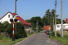 20180616 0148 (szogun000) Tags: mieroszów poland polska town buildings houses road street railroad railway rail pkp crossing signal sign d29291 dolnośląskie dolnyśląsk lowersilesia canon canoneos550d canonefs18135mmf3556is