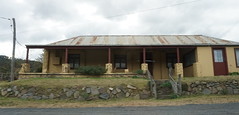 old home as we zoom past (spelio) Tags: nsw australia june 2018 travel ace jenolan