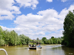 On the water (petit_filou77) Tags: marne gournay ciel sky clouds nuages water boat bateau blue green landscape paysage nature trees arbres