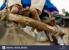 BBMTWC (Matriux2011) Tags: barefoot dirtysoles cracksoles indian nepali barefootextreme talonescurtidos piesrajados