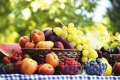 Quais os melhores alimentos para o consumo no verão. (raisdata) Tags: comidasparaoverao rais saúde verao vivasaudável