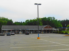 Stafford Package/Bank (jjbers) Tags: stafford springs connecticut shopping plaza may 26 2018 package store bank