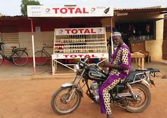 20180611_1610 Station total burkina (ixus960) Tags: afrique africa ouagadougou burkina burkinafaso