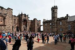 Edinburgh Castle (Tuomo Lindfors) Tags: edinburgh scotland unitedkingdom skotlanti yhdistynytkuningaskunta isobritannia dxo filmpack edinburghcastle edinburghinlinna crownsquare greatbritain