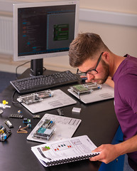 _RMN2868.jpg (www.dataharvest.co.uk/) Tags: sciencestem flowgo smart datalogging bench classroom electronics cnc maths international primary science matrix vlog allcode university dataharvest schools technology edutec scratch software locktronix engineering experiments secondary