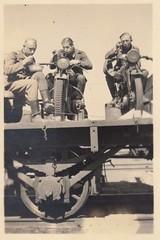 Verdiente Pause - Mahlzeit!!! (djangobuchmeier) Tags: soldaten war wehrmacht waffe ww2 weapon armee army helden motorrad krad