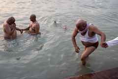Helping hand (SaumalyaGhosh.com) Tags: people color water india river street streetphotography kolkata calcutta bath bathing