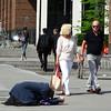 Begging for a living (Odddutch) Tags: london londonist londen england engeland begging bedelen living work