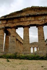 IMG_8095 (Vito Amorelli) Tags: segesta sicily dorictemple greektheater