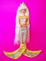 1995 Jewel Hair Mermaid Barbie Doll #15486 (The Barbie Room) Tags: 1995 jewel hair mermaid barbie doll 15486 1990s 90s long longest little princess queen gold