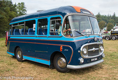 Cromford Steam Rally 2018 - 1963 Bedford Plaxton Embassy (Mick PK) Tags: 1963 bedfordplaxtonembassy bedfrod bus coach cromford cromfordsteamrally cromfordsteamrally2018 derbyshire eastmidlands england events places uk