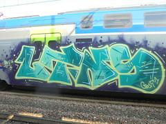 1136 (en-ri) Tags: ltns crew giallo verde viola train torino graffiti writing bov gost 1