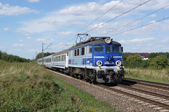 EP07-389 Kulice Tczewskie (Gridboy56) Tags: poland pkp pkpintercity ep07 ep07389 ic57106 gdyniaglowna zielonagora coaches coach locomotives locomotive trains train railways railroad europe electric kulicetczewskie