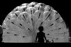wonderland (Wackelaugen) Tags: silhouette fountain water stuttgart germany child shoes canon eos photo photography stephan wackelaugen black white bw blackwhite blackandwhite mono noiretblanc schwarz weis schwarzweis