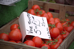 Vine Tomatoes at Malton Food Festival 2018 (Tony Worrall) Tags: add tag ©2018tonyworrall images photos photograff things uk england food foodie grub eat eaten taste tasty cook cooked iatethis foodporn foodpictures picturesoffood dish dishes menu plate plated made ingrediants nice flavour foodophile x yummy make tasted meal nutritional freshtaste foodstuff cuisine nourishment nutriments provisions ration refreshment store sustenance fare foodstuffs meals snacks bites chow cookery diet eatable fodder packet package stall buy sell sale bought items shop maltonfoodfestival malton