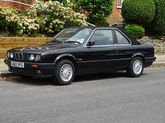 1990 BMW 320i Cabrio Auto Baur TC2 E30 (Neil's classics) Tags: vehicle 1990 bmw 320i cabrio baur tc2 e30
