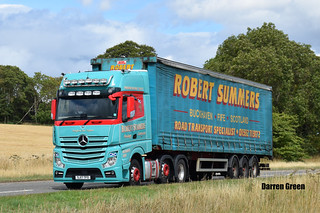 ROBERT SUMMERS MERCEDES ACTROS MP4 480 SJ17 TFO