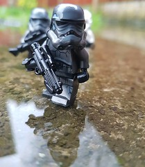 Morning Trek (svidri.halfdan) Tags: lego starwars stormtrooper outside brickarms shadowtrooper mimban