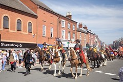 Sealed Knot Civil War reenactment parade in Ashby de la Zouch (MarkHaggan) Tags: 11aug18 sealedknot ashby ashbydelazouch civilwar reinactment parade leicestershire battle soldier costume horse cavalry