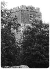 Humpty Dumpty . . . ? (Ian Rowing) Tags: flickrfriday building church humpty dumpty colchester siege english civil war