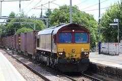 COATBRIDGE CENTRAL 66015 (johnwebb292) Tags: diesel class 66 66015 ews coatbridge