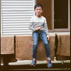 000913060008 (Steven Tsai (正港蔡爸)) Tags: hasselblad501c hasselblad planar135f100mm fujifilmpro160ns mediumformat analog film filmphotography