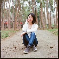 000913060004 (Steven Tsai (正港蔡爸)) Tags: hasselblad501c hasselblad planar135f100mm fujifilmpro160ns mediumformat analog film filmphotography