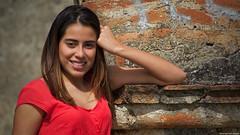Aquí, nada más (Blas Torillo) Tags: tlaxcala méxico mexico isabel mujer woman modelo model sonrisa smile belleza beauty beautiful rojo red fotografíaenexteriores outdoorsphotography mirada gaze look luznatural naturallight fotografíaprofesional professionalphotography fotógrafosmexicanos mexicanphotographers nikon d5200 nikond5200