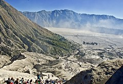 The great escape (somabiswas) Tags: mountbromo volcanic crater java island indonesia travel sand desert