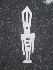 Tall Pointy Head White Robot Tile Stikman 7775 (Brechtbug) Tags: a return stikensian times tall pointy head white robot tile stikman nyc street art graffiti tag tagging stencil cut out toynbee stickman asphalt figurative school flat action figures new york city 08152018 cross walk smoke 2018 stik man men curious streets summer heat august 48th 6th ave