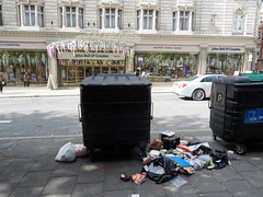 Wigmore Street. 20180815T15-36-23Z (fitzrovialitter) Tags: peterfoster fitzrovialitter city camden westminster streets rubbish litter dumping flytipping trash garbage urban street environment london fitzrovia streetphotography documentary authenticstreet reportage photojournalism editorial captureone olympusem1markii mzuiko 1240mmpro microfourthirds mft m43 μ43 μft geotagged oitrack exiftool