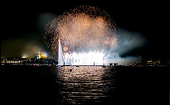 GRAND FIREWORKS GENEVA 2018 (J.P.B) Tags: lac lake geneva geneve feuxdartifices fireworks reflection