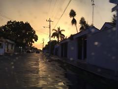 Colores y formas del trópico (Song Catcher) Tags: street tropics evening yucatan merida