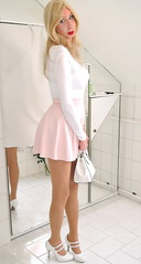 white polyamide top, pink skater skirt, white patent leather pumps, white leather bag (Adri Kiss) Tags: crossdresser transvestite