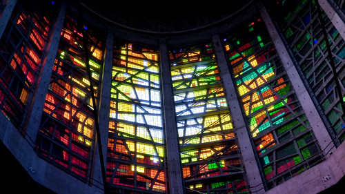 Liverpool - Metropolitan Cathedral of Christ the King, interior, lantern (2)