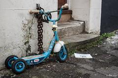 Three wheels power (ericbaygon) Tags: trike bike tricycle bleu enfant vélo rue street abandoned chaine rush rouillé d750 nikon