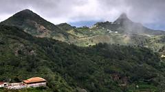 Cumbres / Hilltops (López Pablo) Tags: hill mountain house green cloud sea blue white nikon d7200 tenerife spain canary islands village