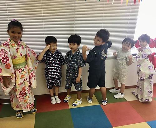 Celebrating Obon in English. 英語で盆踊り👘 #tokyo #japan #japanese #preschool #daycare #kindergarten #obon #summer #festival #yukata #東京 #港区 #芝公園 #幼稚園 #保育園 #日本 #英語 #浴衣 #甚平 #お盆 #盆踊り