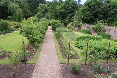 Glendoune House (24 of 30) (stoneleighboy) Tags: southayrshire spring seasons summer typesofgarden walled border path formal