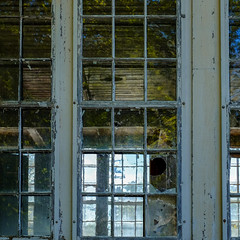 (jtr27) Tags: dscf8681l jtr27 fuji fujifilm fujinon xe2s xtrans xc 50230mm f4567 ois oisii glass reflection abandoned building maine newengland mill textilemill
