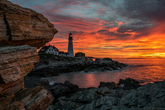 sailors take warning... (paul noble photography) Tags: paulnoblephotography paulnobleimages portlandheadlight capeelizabeth cascobay clouds colors coast sunrise seascapes serene summer summerinmaine interestingness interesting insanelight maine mainephotographers mainecoast morninglight sunriseinmaine mainesunrise nikon nikon2470mmf28 nikond810 freelancephotographer fineartamericapaulnobleimages fortwilliamscapeelizabethmaine